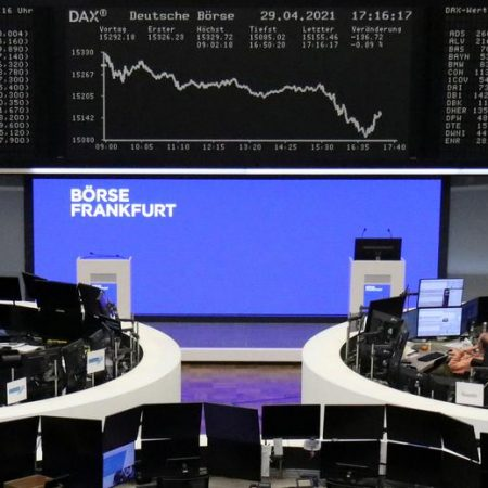 Miners, mixed earnings drag down European stocks